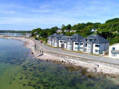 4 Bedrooms Terraced House for sale in The Quay, Red Wharf Bay, Anglesey, North Wales, LL75
