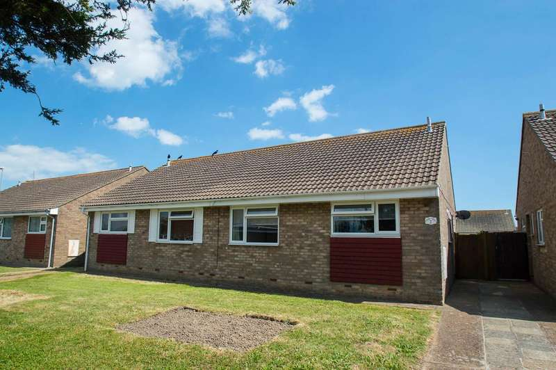 2 Bedrooms Bungalow for sale in Tennyson Walk, Eastbourne