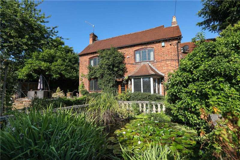 3 Bedrooms Detached House for sale in School Lane, Lickey End, Bromsgrove, Worcestershire, B60