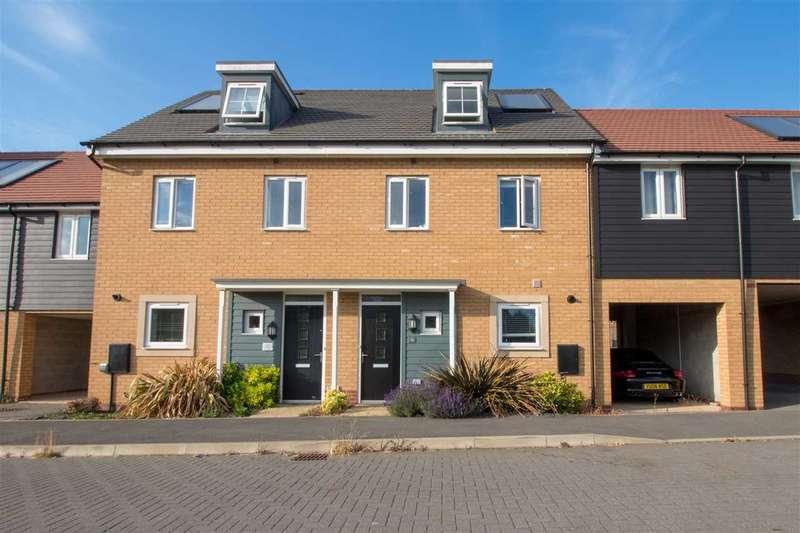 3 Bedrooms Terraced House for sale in Syward Row, Stratford Park, Milton Keynes