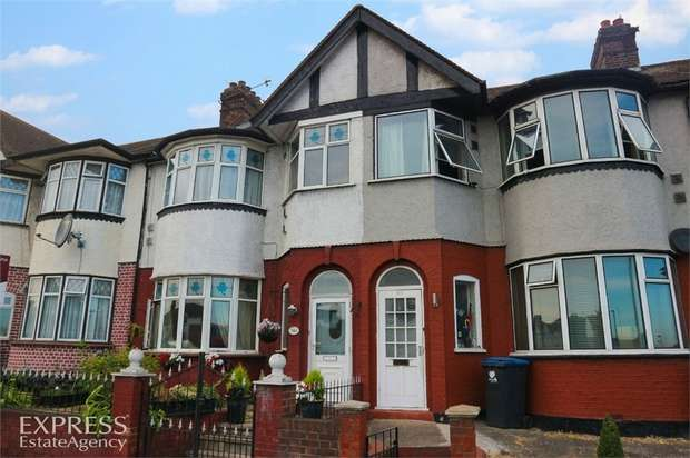 4 Bedrooms Terraced House for sale in North Circular Road, London