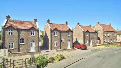 3 Bedrooms Semi Detached House for sale in Bridge Street, Chatteris
