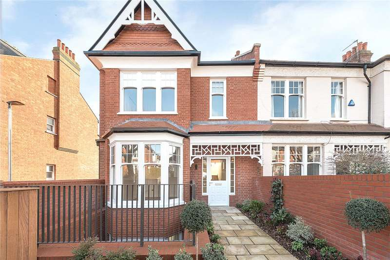 4 Bedrooms House for sale in Grand Avenue, London, N10