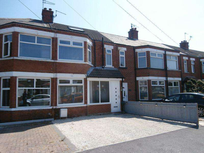 3 Bedrooms Terraced House for sale in Roslyn Road, Hull