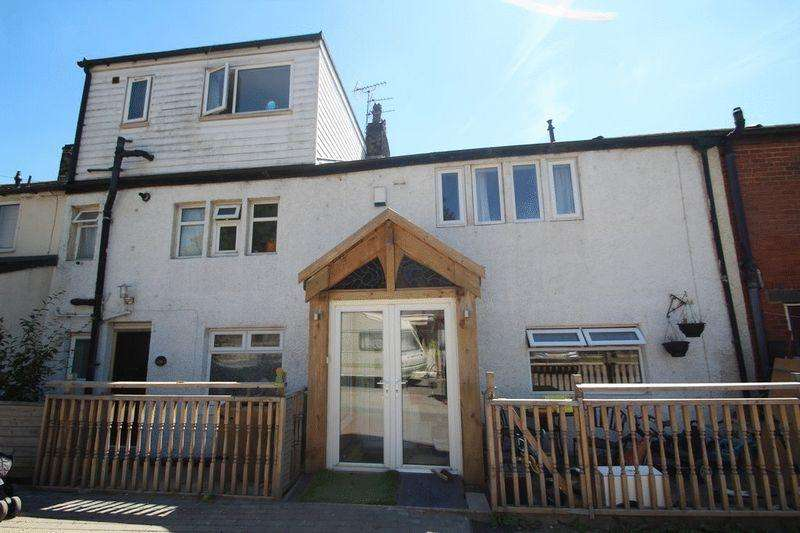 4 Bedrooms Terraced House for sale in New Road, Littleborough OL15 8NL