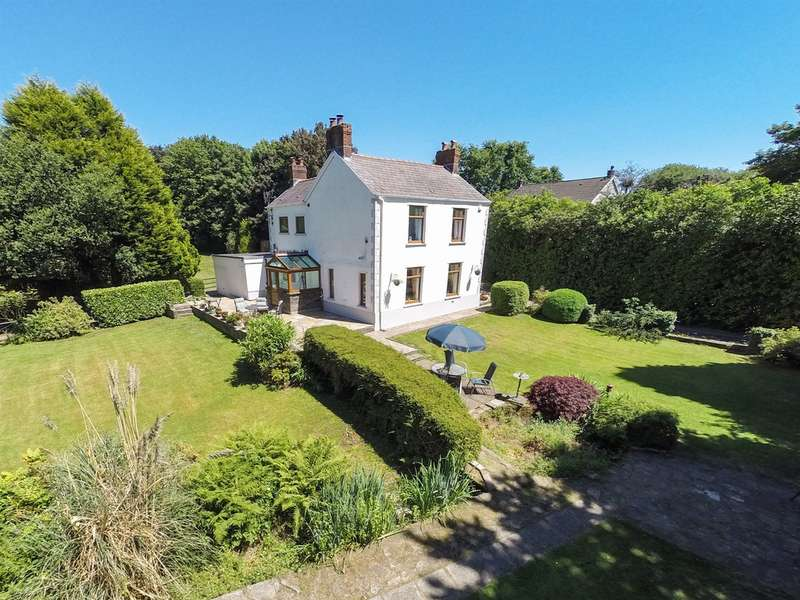 4 Bedrooms Detached House for sale in Brookfield, Llangyfelach, Swansea