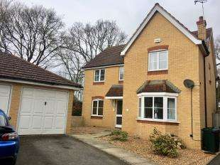 4 Bedrooms Detached House for sale in Collie Drive, Kingsnorth, Ashford, Kent