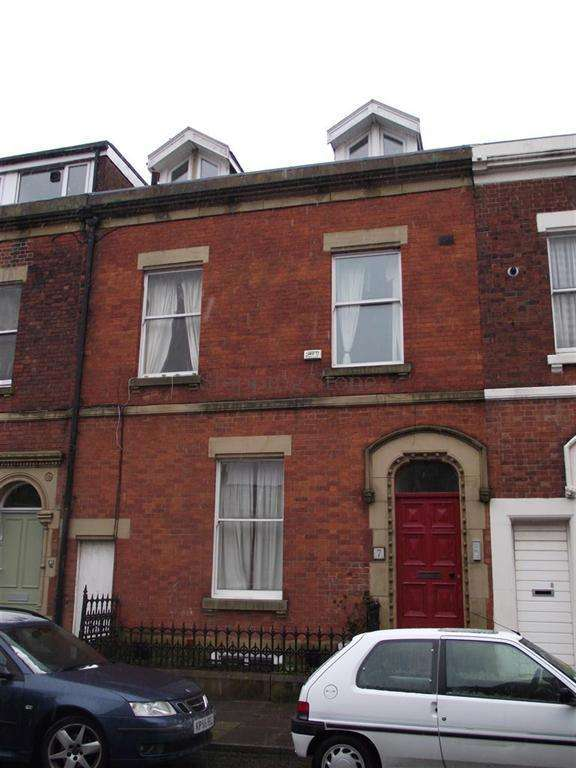 2 Bedrooms Flat for sale in Starkie Street, Preston, Lancashire, PR1