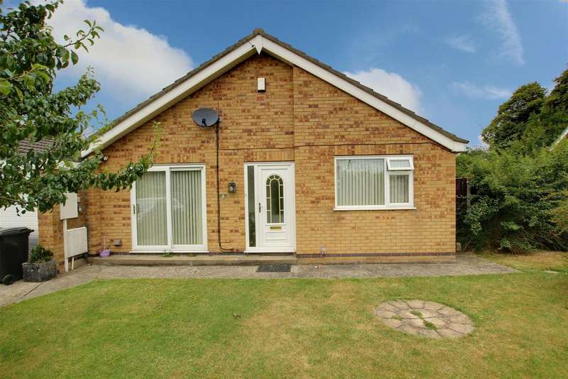 2 Bedrooms Detached Bungalow for sale in Rawnsley Close, Alford