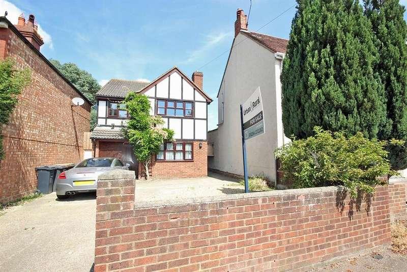 4 Bedrooms Detached House for sale in Goldington Road, Bedford