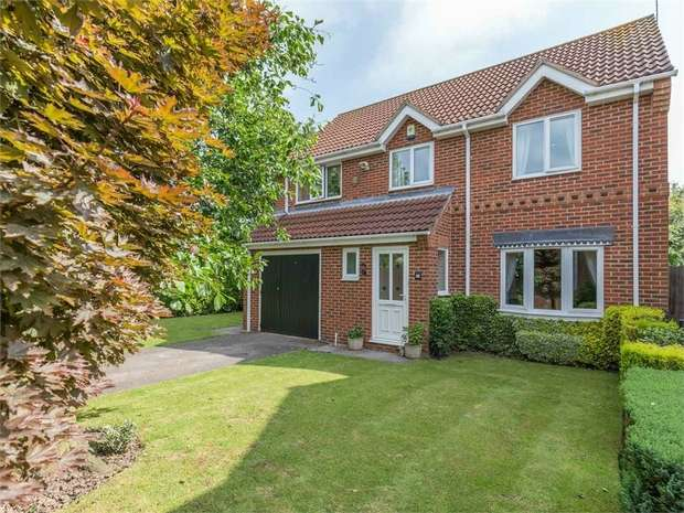 4 Bedrooms Detached House for sale in Horse Fayre Fields, Spalding, Lincolnshire