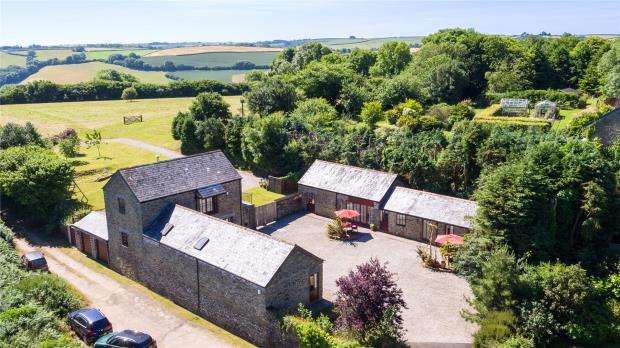 4 Bedrooms Detached House for sale in Duloe, Liskeard, Cornwall