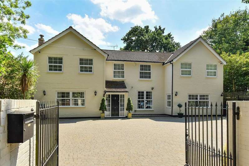 5 Bedrooms Detached House for sale in Nine Mile Ride, Wokingham, Berkshire, RG40 3DY