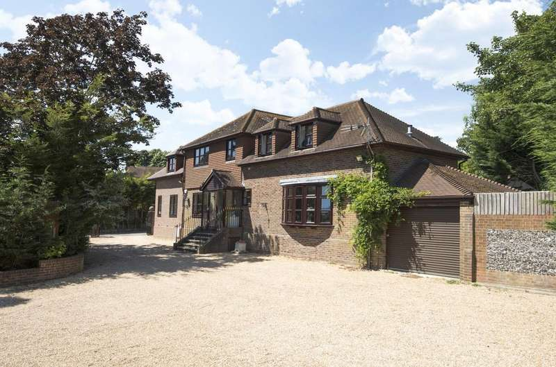 7 Bedrooms Detached House for sale in Mill Lane, Langstone, PO9