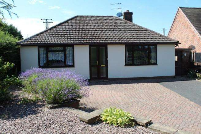 3 Bedrooms Detached Bungalow for sale in 57 Wellington Road, Muxton, Telford, Shropshire, TF2 8NX