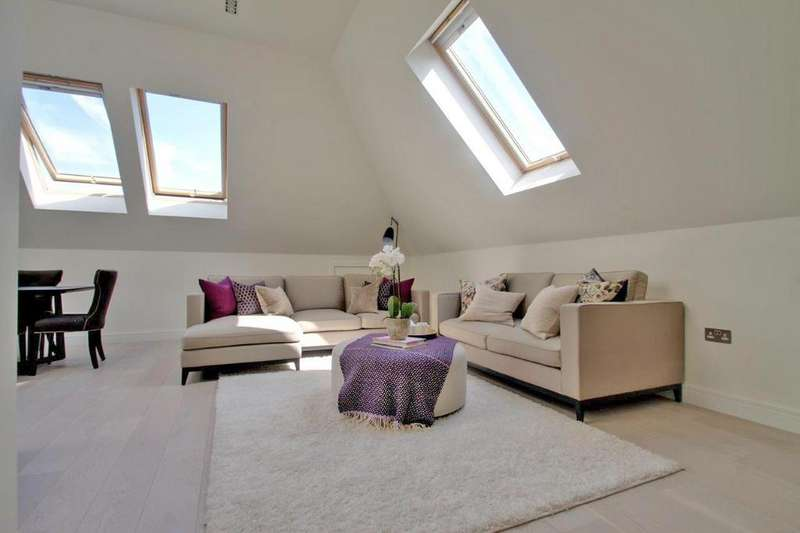 3 Bedrooms Penthouse Flat for sale in Tenterden Grove, London, NW4 1TD