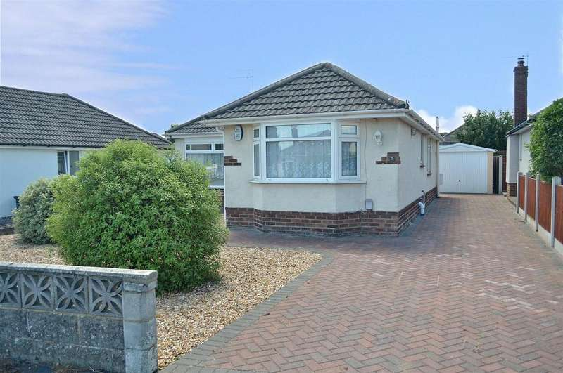 3 Bedrooms Detached Bungalow for sale in Montrose Drive, Ensbury Park, Bournemouth