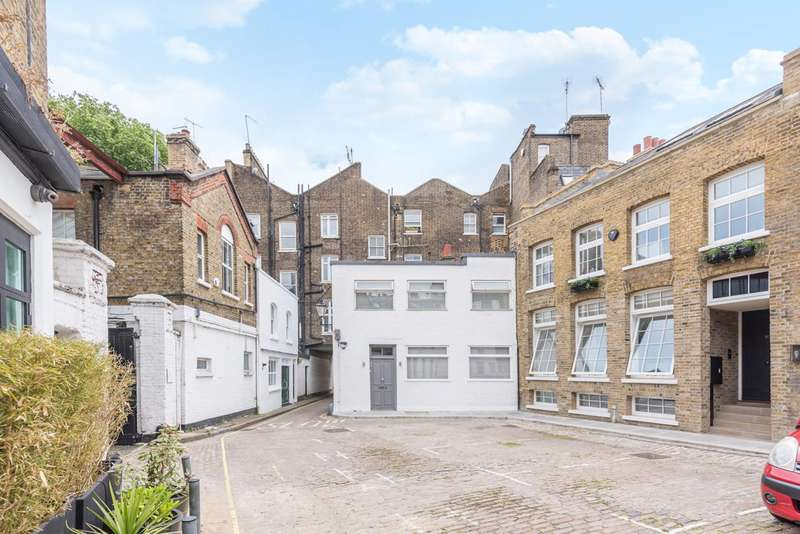 3 Bedrooms Mews House for sale in Oldbury Place, Marylebone, W1U