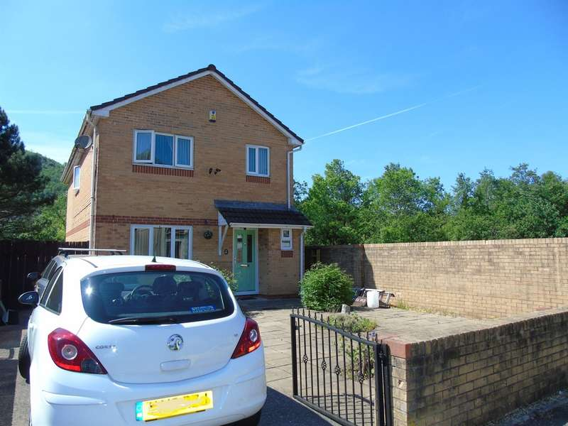4 Bedrooms Detached House for sale in River Court, Abercynon, Mountain Ash