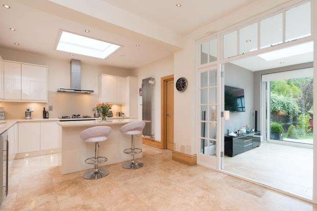 5 Bedrooms Semi Detached House for sale in Hillway, Highgate, London, N6