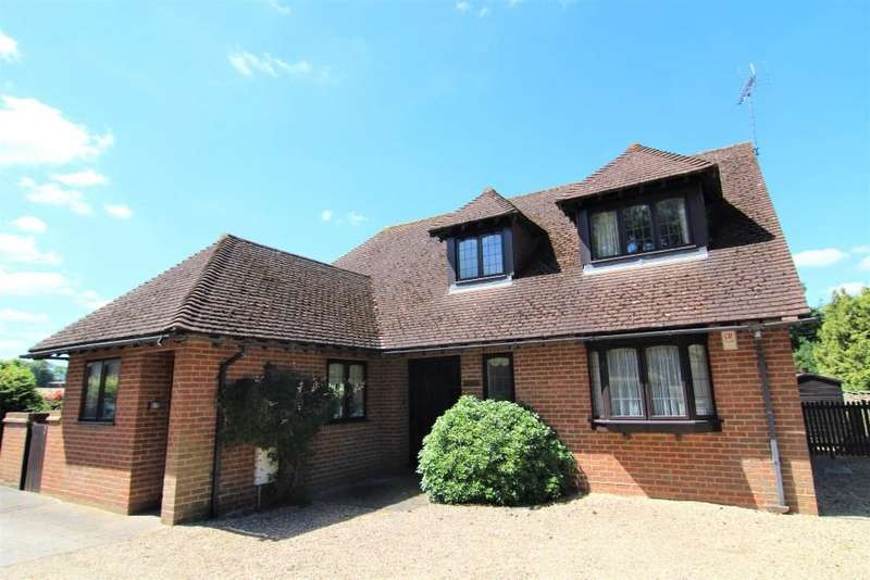 3 Bedrooms Detached House for sale in Warren Lane, Finchampstead, Wokingham, Berkshire, RG40 4HR