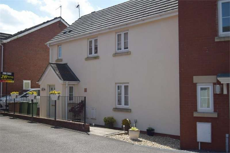 3 Bedrooms Semi Detached House for sale in Parc Bevin, Croespenmaen