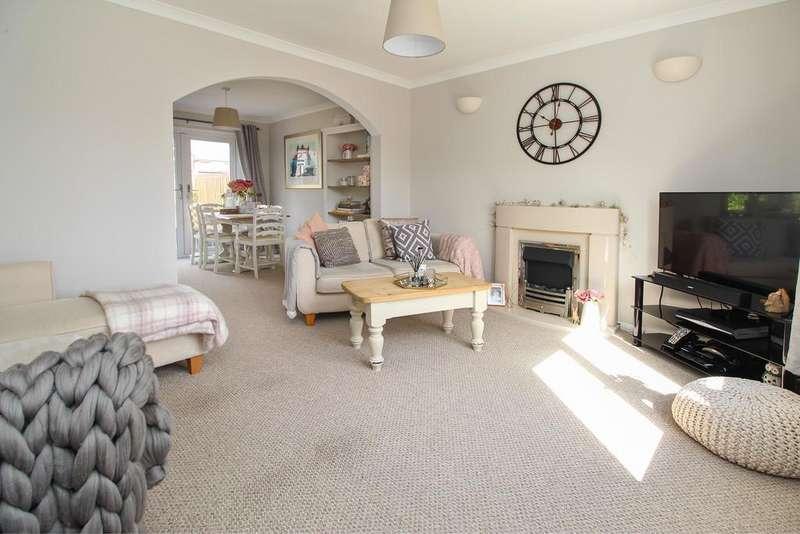 3 Bedrooms Detached House for sale in Devon Park View, Brimington