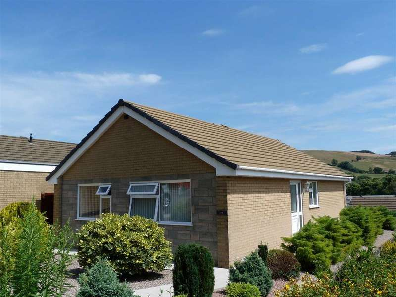 3 Bedrooms Detached Bungalow for sale in 14, Tan Yr Allt, Llanidloes, Powys, SY18