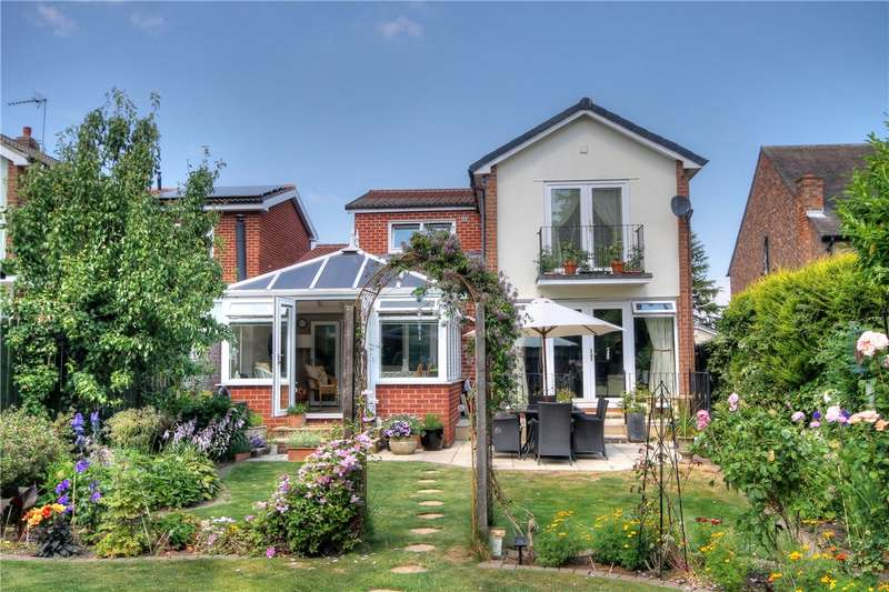 4 Bedrooms Link Detached House for sale in Orchard Gardens, Chester Le Street, Co Durham, DH3