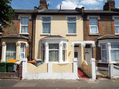 4 Bedrooms Terraced House for sale in Manor Park, London