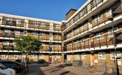 1 Bedroom Flat for sale in 25 Capworth Street, London