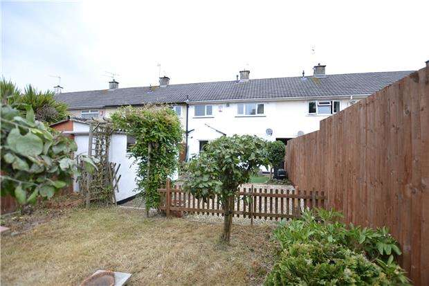 2 Bedrooms Terraced House for sale in Fitchett Walk, Bristol, BS10 7LQ