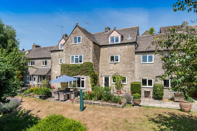 7 Bedrooms Detached House for sale in Black Horse Hill, Tetbury
