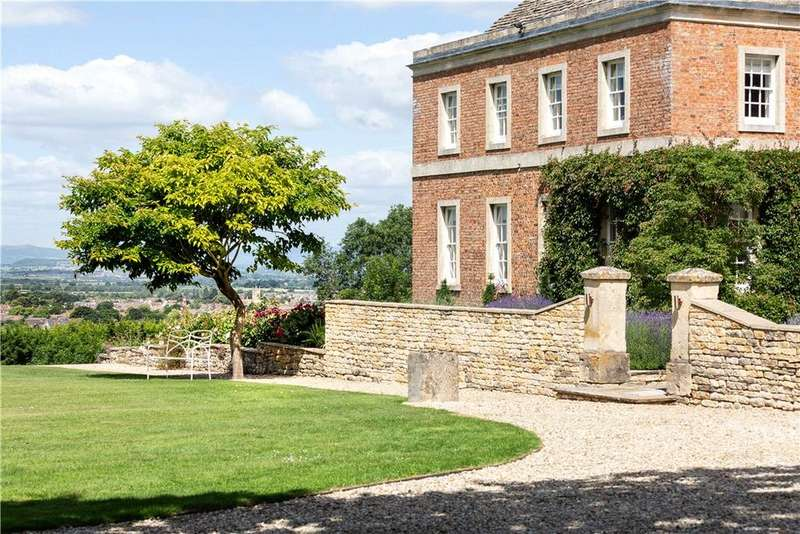 6 Bedrooms Detached House for sale in Haymes Road, Cleeve Hill, Cheltenham, Gloucestershire, GL52