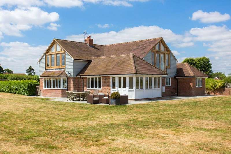 5 Bedrooms Detached House for sale in Owlswick, Princes Risborough, Buckinghamshire