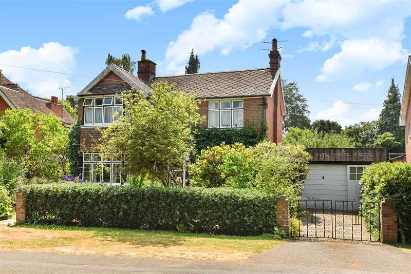 3 Bedrooms Detached House for sale in Ellis Road, Crowthorne