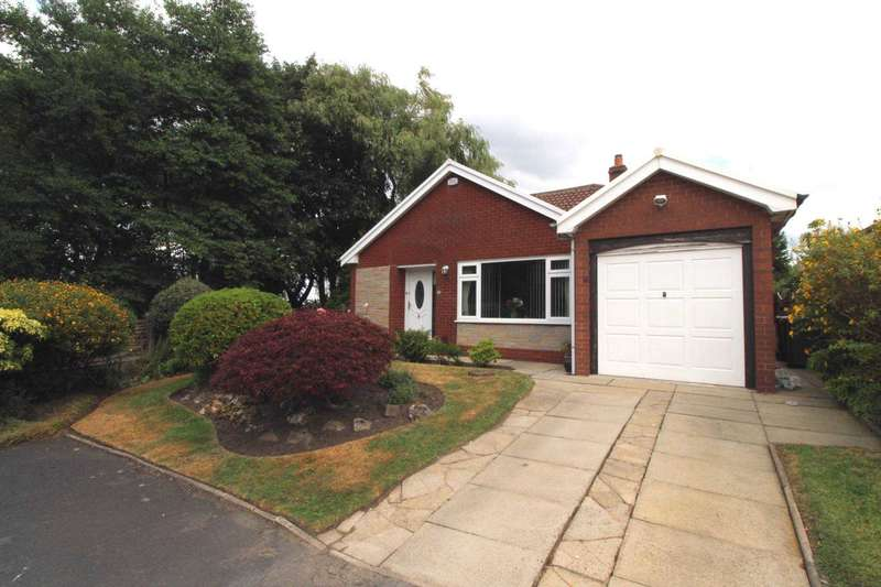 3 Bedrooms Detached Bungalow for sale in Gleshee Drive, Bolton