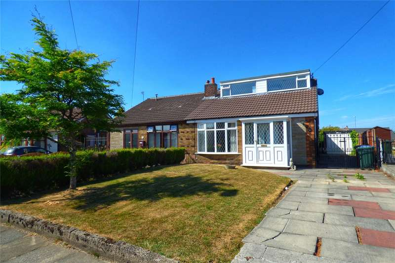 4 Bedrooms Semi Detached Bungalow for sale in Warwick Road, Alkrington, Middleton, Manchester, M24