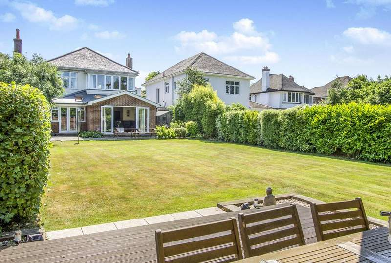4 Bedrooms Detached House for sale in Leeson Road, Bournemouth, BH7