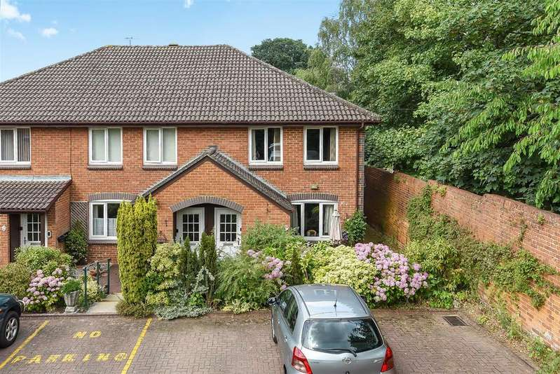 1 Bedroom Retirement Property for sale in Acorn Drive, WOKINGHAM, Berkshire, RG40 1EQ