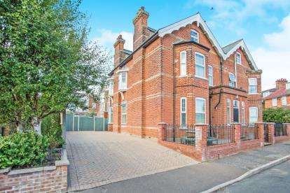 10 Bedrooms Detached House for sale in Mundesley, Norwich, Norfolk