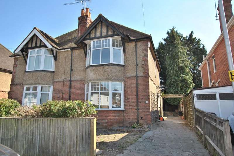 3 Bedrooms Semi Detached House for sale in Drayton Road, Reading, RG30 2PH