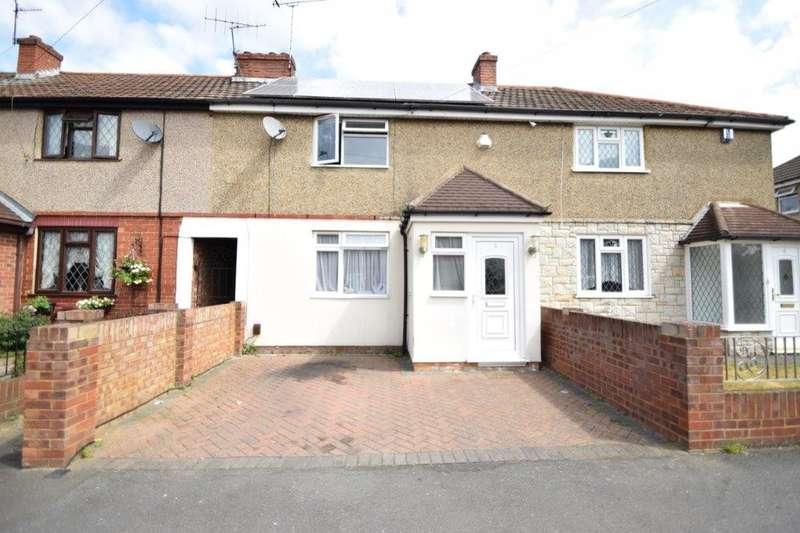 3 Bedrooms Terraced House for sale in St Elmo Crescent, Slough, SL2