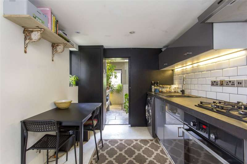 4 Bedrooms Terraced House for sale in Speldhurst Road, South Hackney, E9