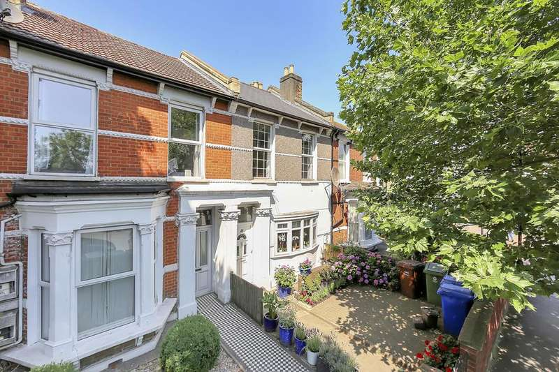 4 Bedrooms House for sale in Grove Vale, London SE22