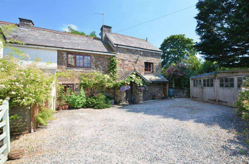 4 Bedrooms Detached House for sale in Stunning former converted water mill with beautiful gardens