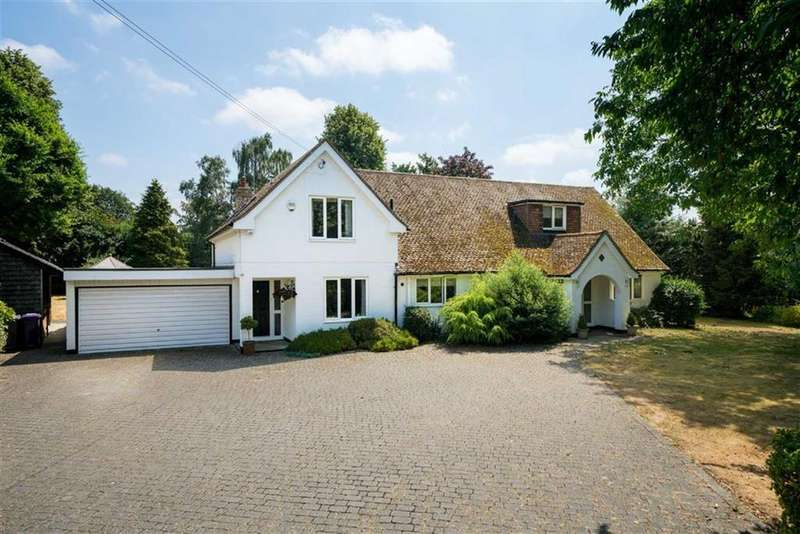 4 Bedrooms Detached House for sale in Newlands Lane, Hitchin, Hertfordshire