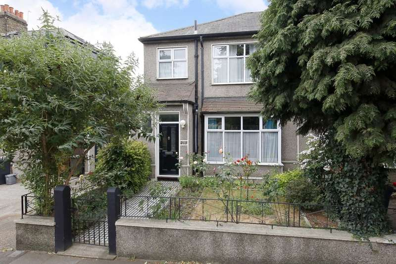 3 Bedrooms Semi Detached House for sale in Brockley Grove, Brockley, London