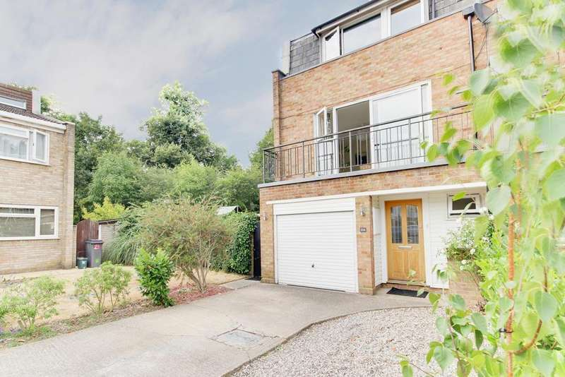 4 Bedrooms End Of Terrace House for sale in Perry Hill, Chelmsford, Essex, CM1