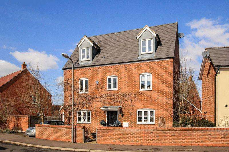 5 Bedrooms Detached House for sale in Pitstone